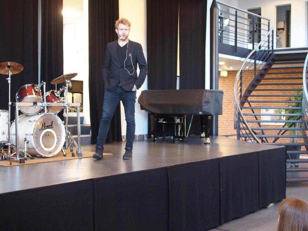 Christian Sønderby Jensen på scenen